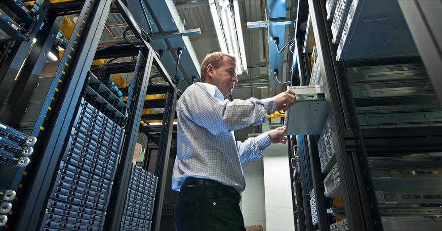 Choose the right network monitoring tool to support your daily job duties